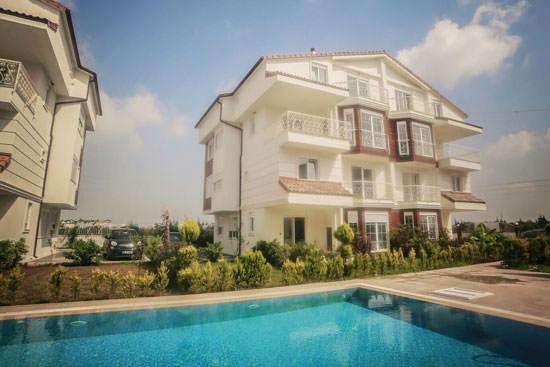 Antalya Döşeme Altı'nda 5+1 250 m2 (Akıllı Ev) Dubleks Daire