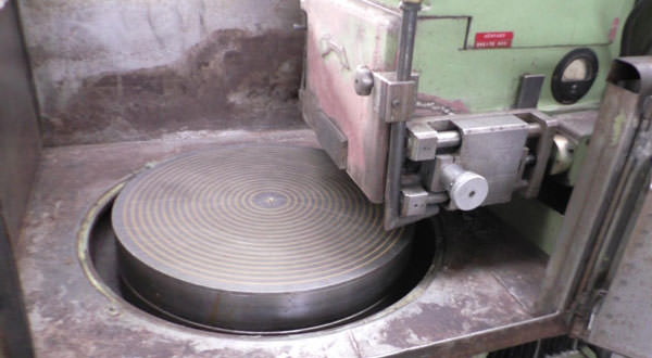 Döner Tabla Satıh Yüzey Taşlama Makinesi