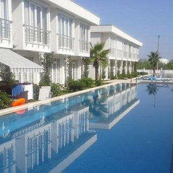 Kundu'da Mardan Otel Yakını 2+1 Kiralık Tripleks Villa