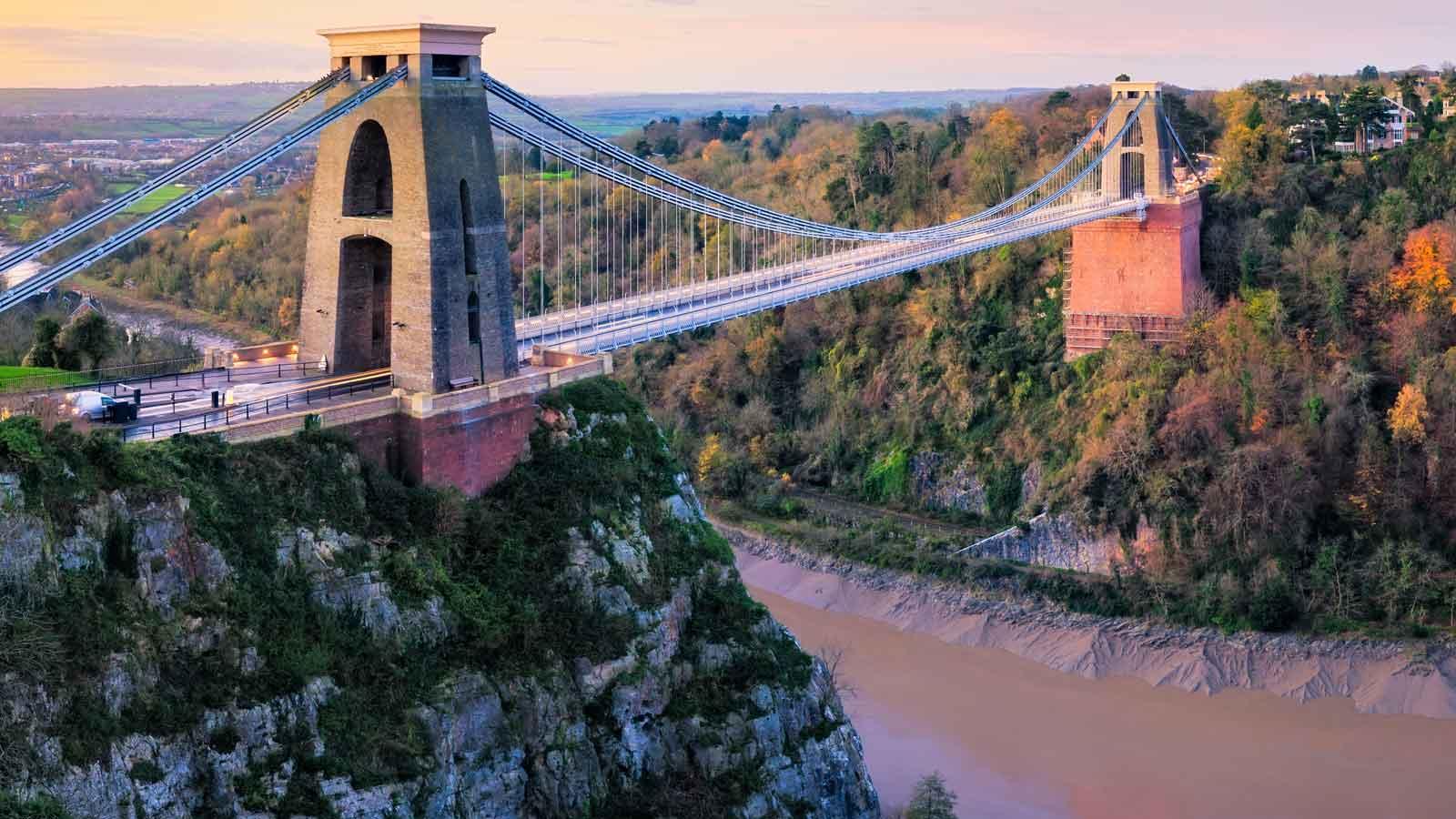 Bristol'daki Türk Firmaları