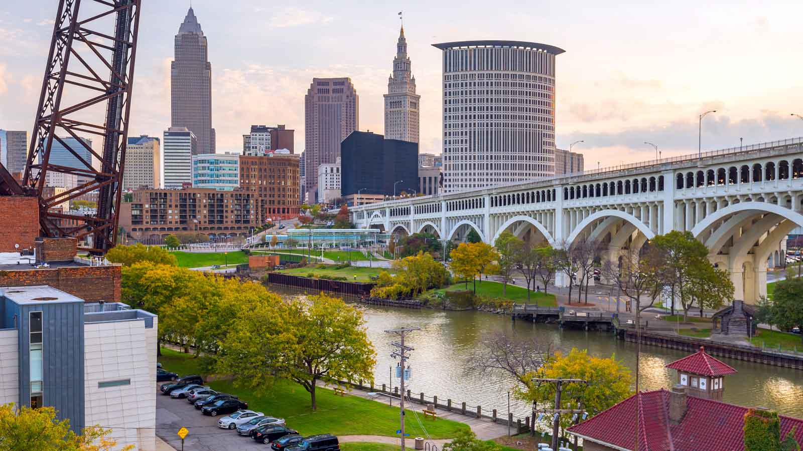 Cleveland'daki Türk Firmaları