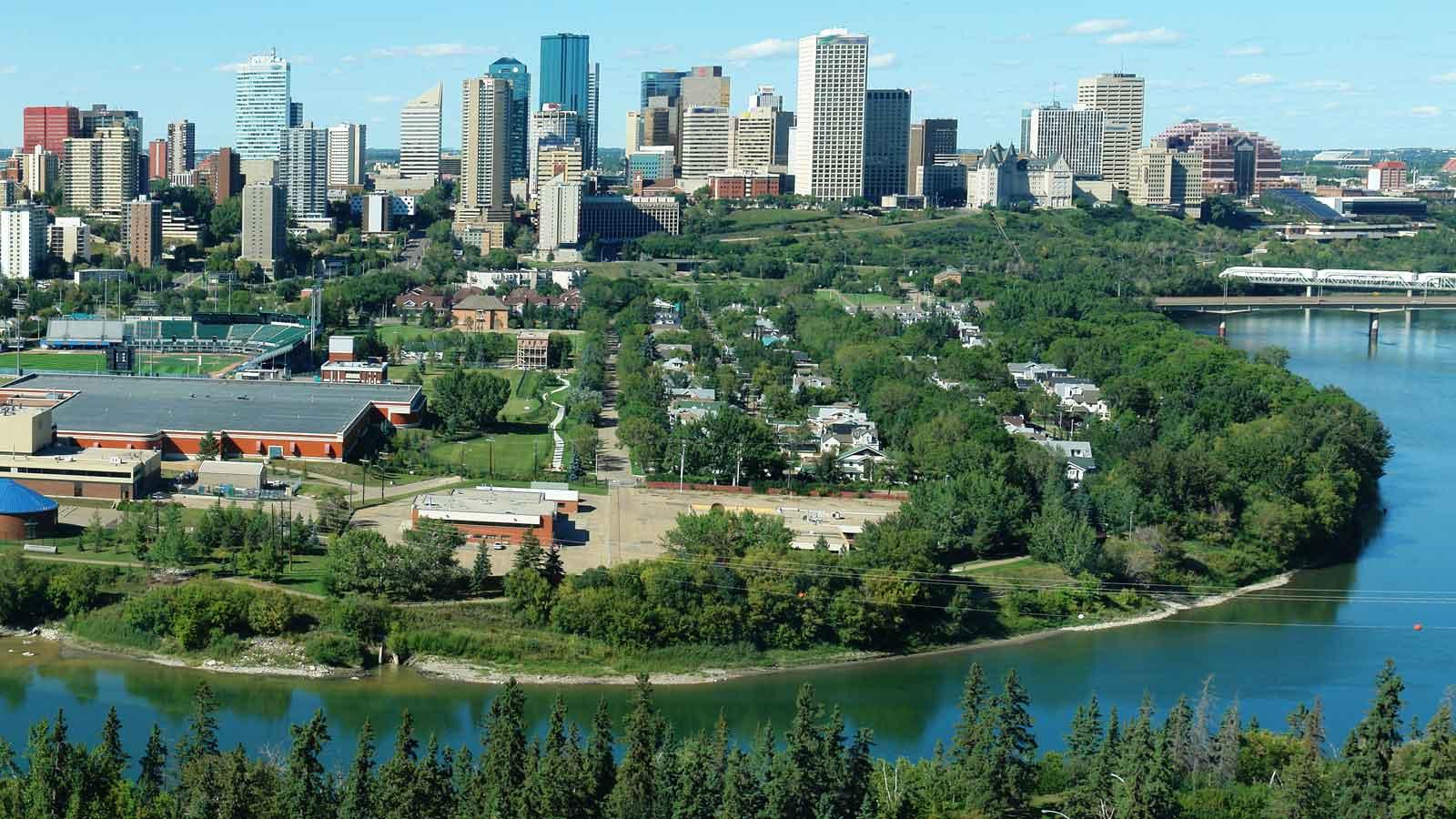 Edmonton'daki Türk Firmaları