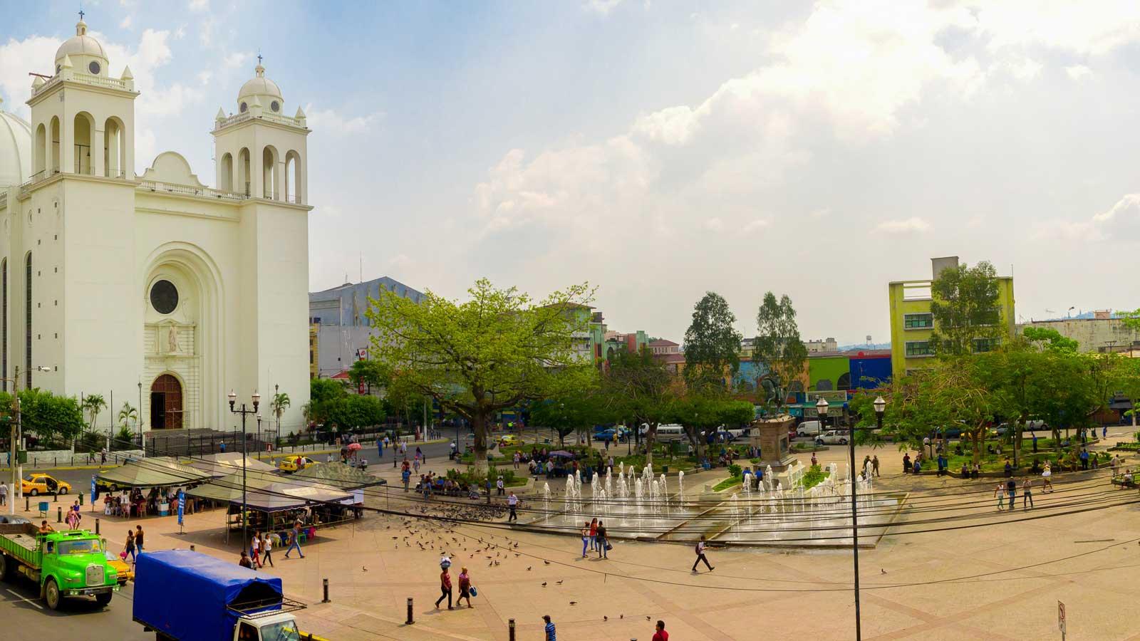 El Salvador'daki Türk Firmaları