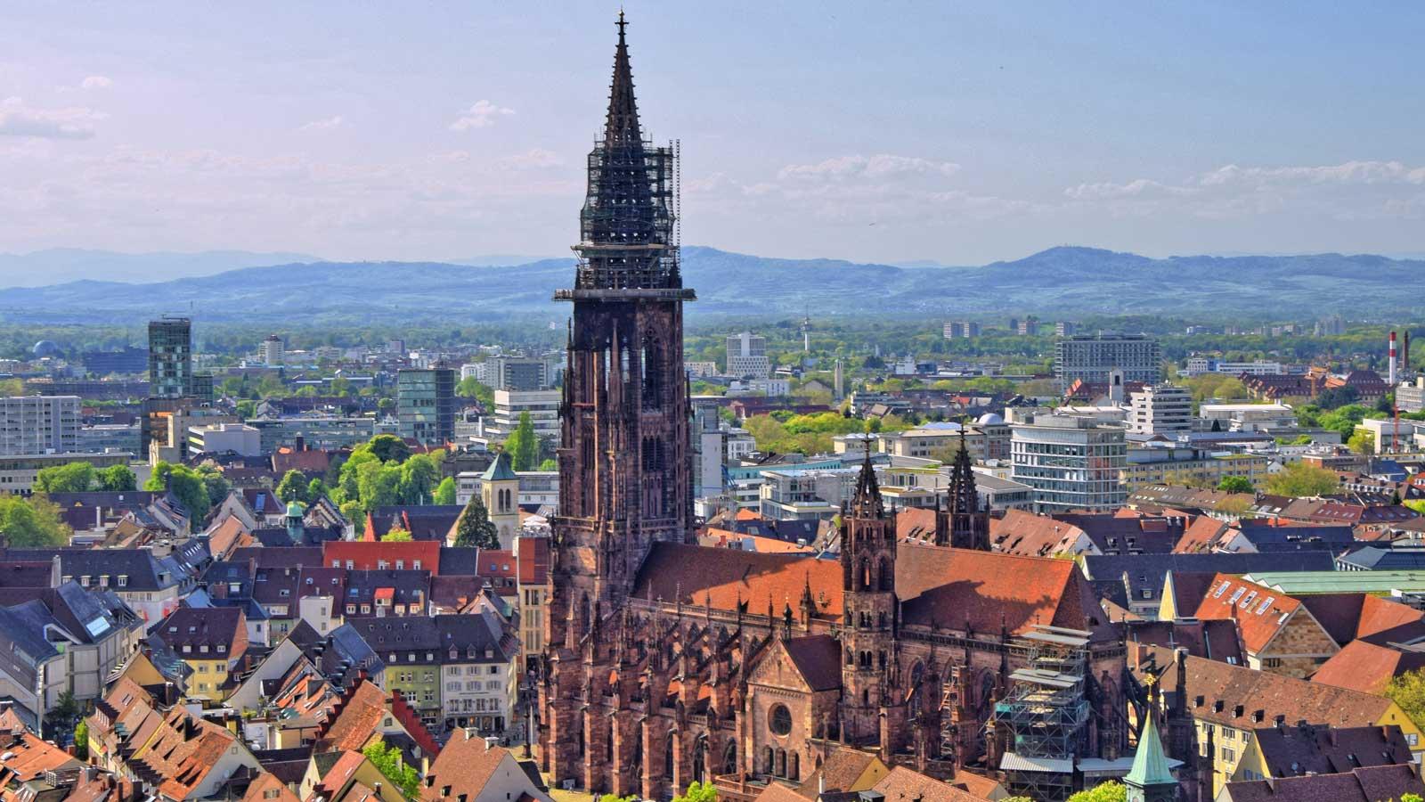 Freiburg'daki Türk Firmaları