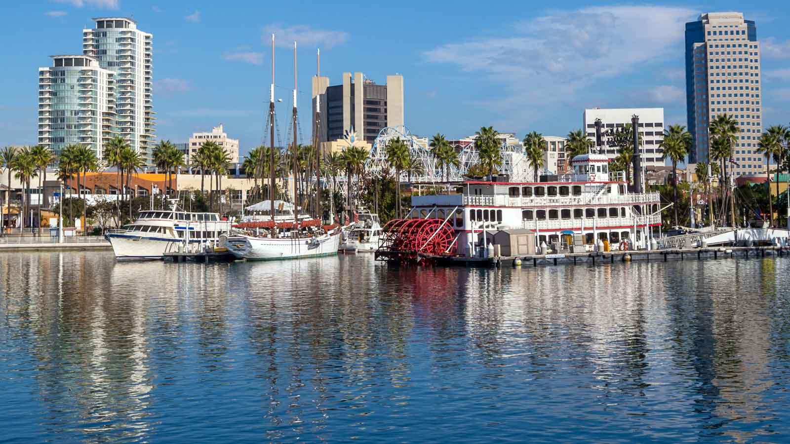 Long Beach'deki Türk Firmaları