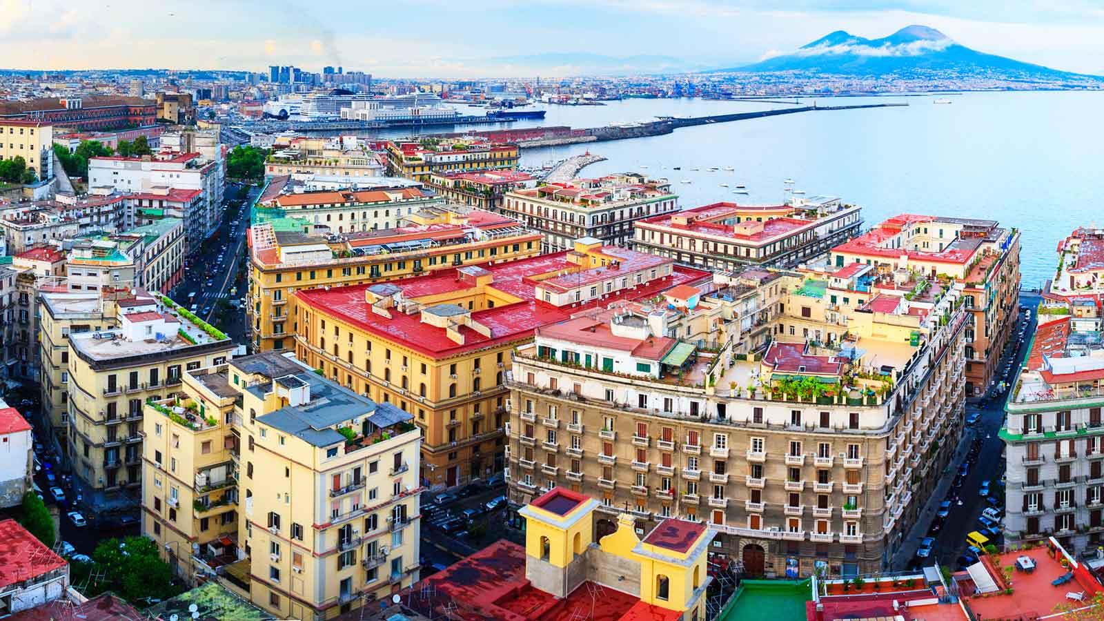 Napoli'deki Türk Firmaları