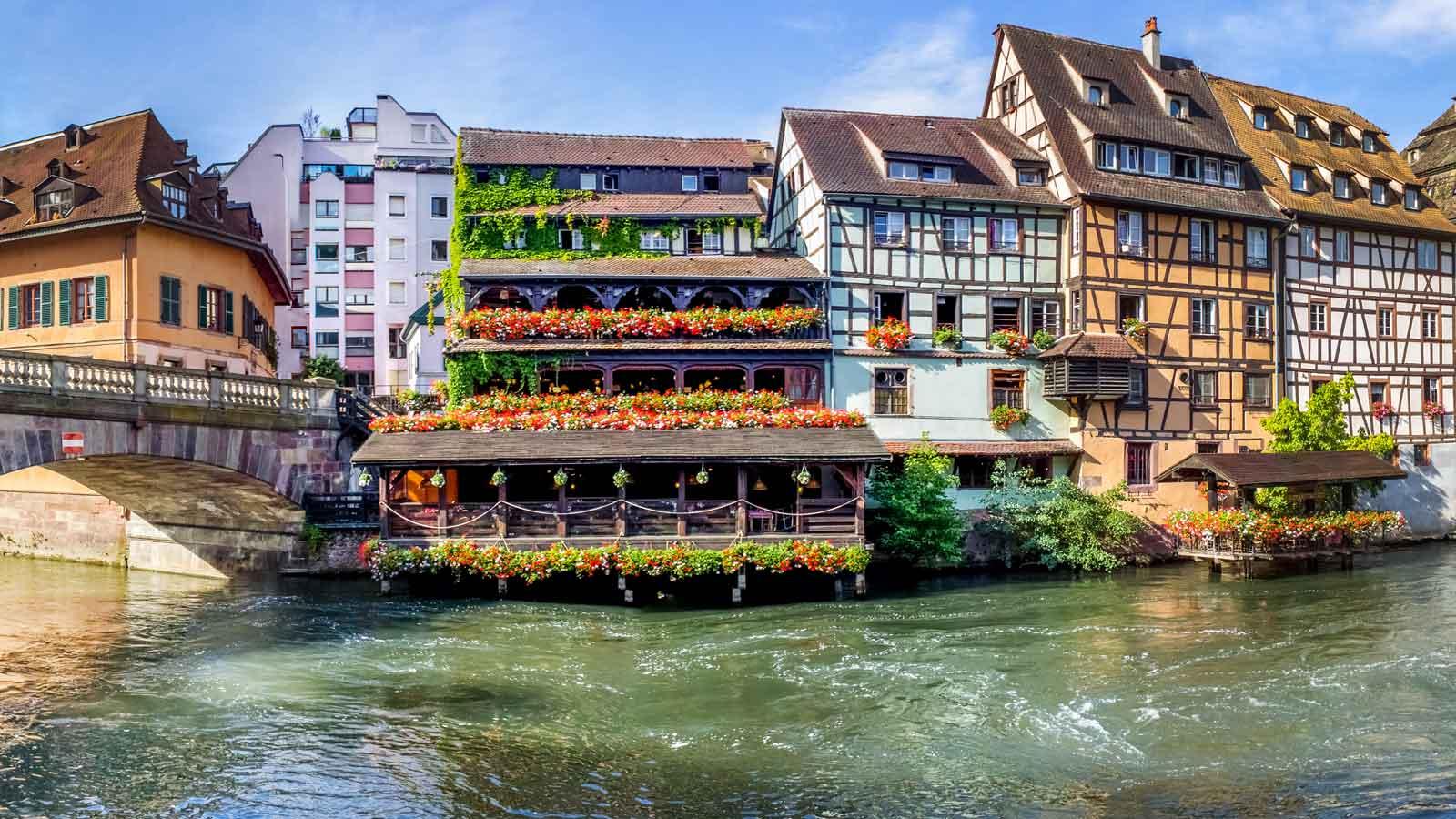 Strasbourg'daki Türk Firmaları