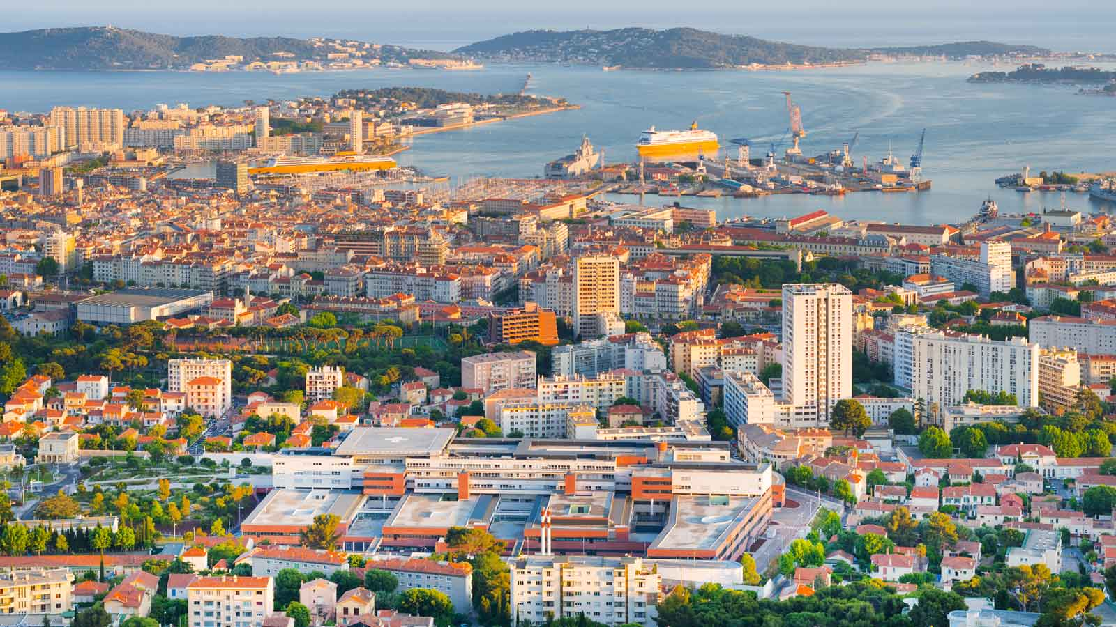 Toulon'daki Türk Firmaları