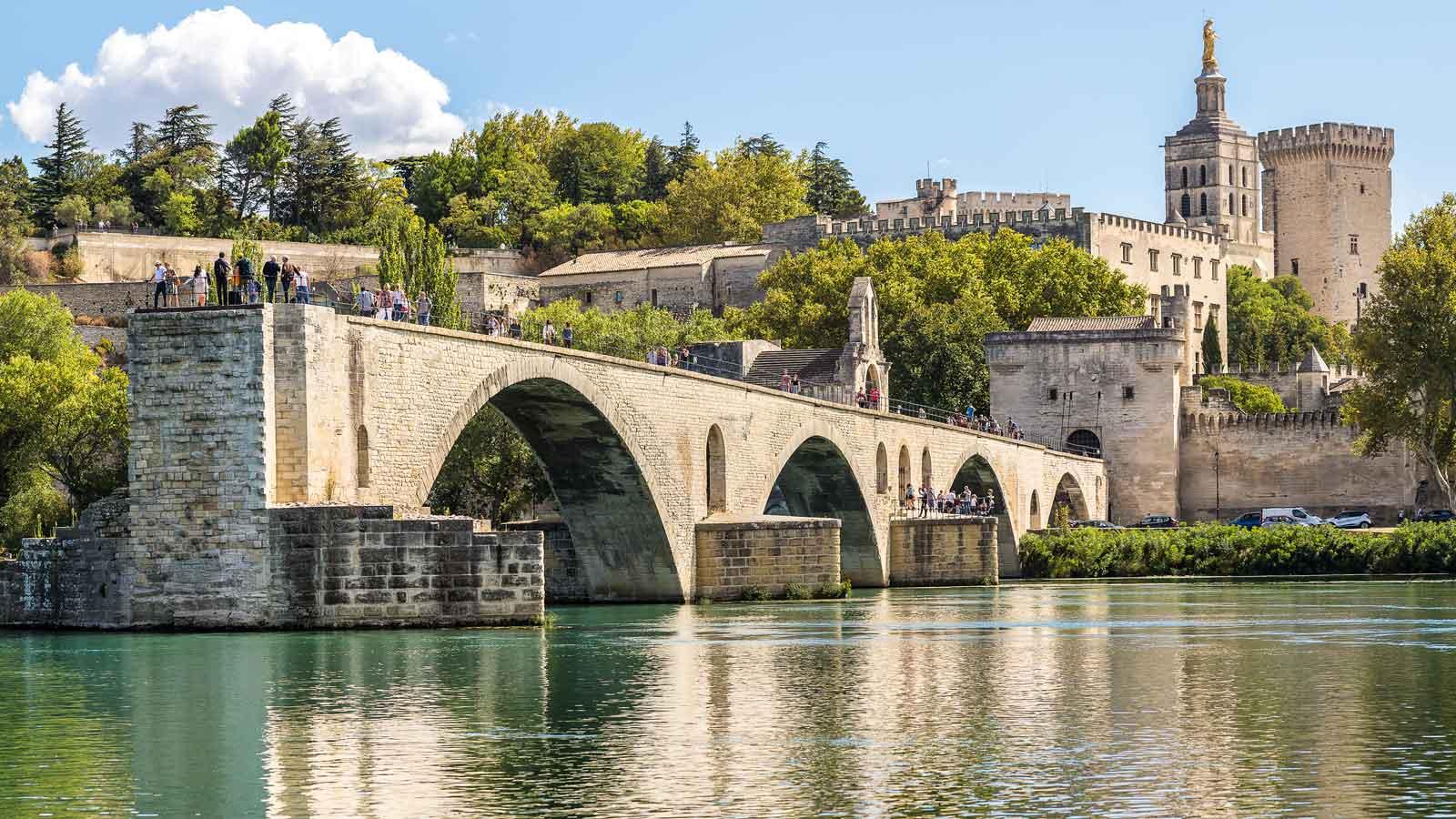 Avignon'daki Türk Firmaları