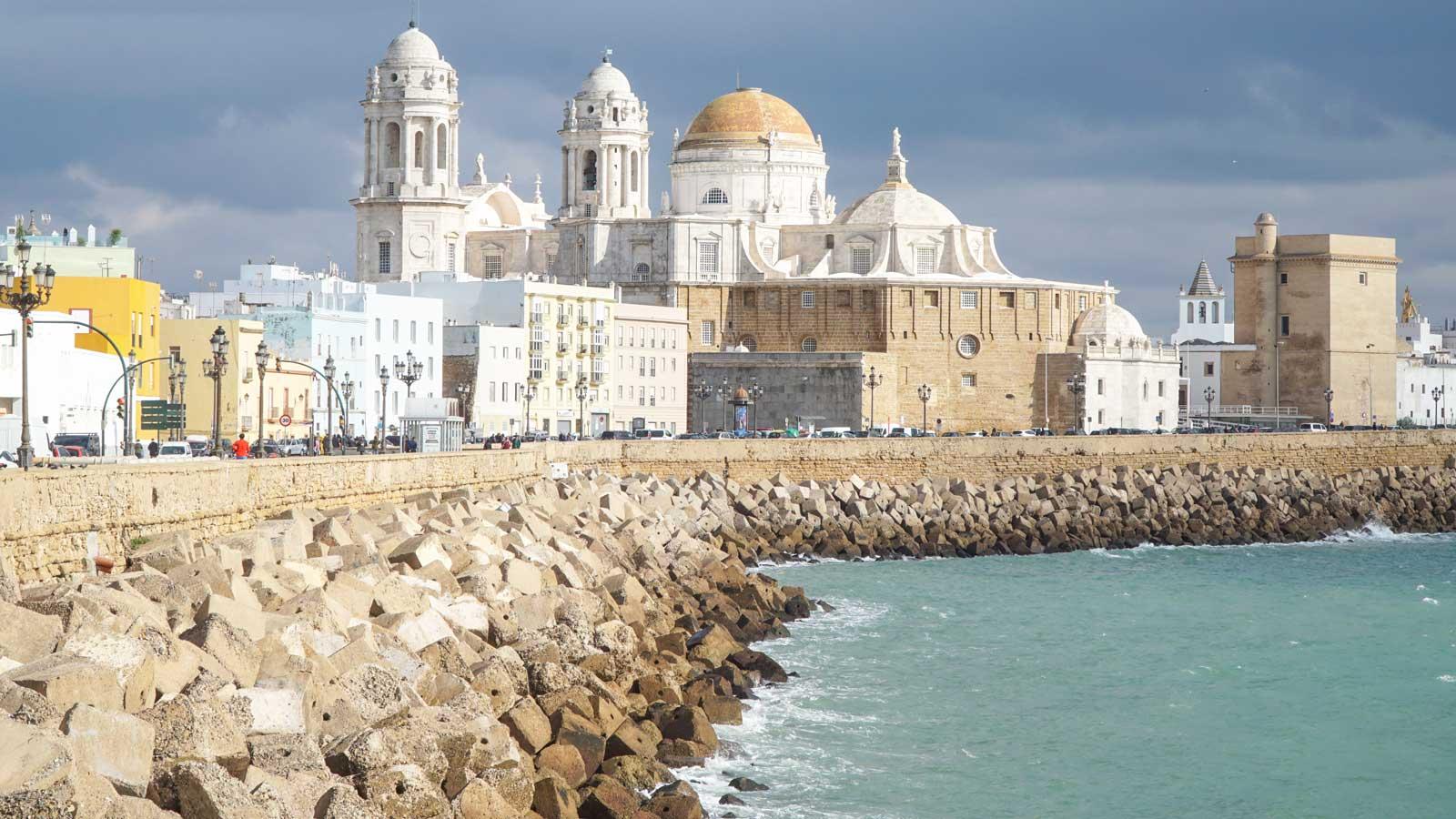 Cadiz'deki Türk Firmaları