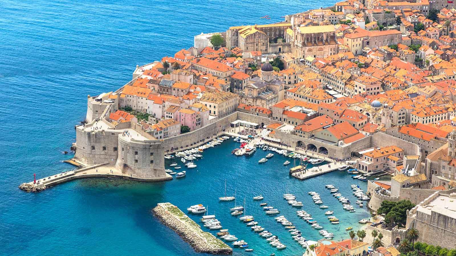 Dubrovnik'deki Türk Firmaları