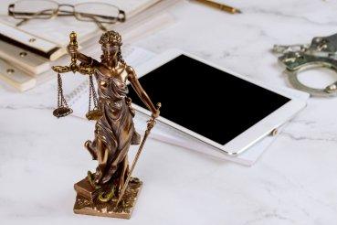 Avukat Sevde Özdemir